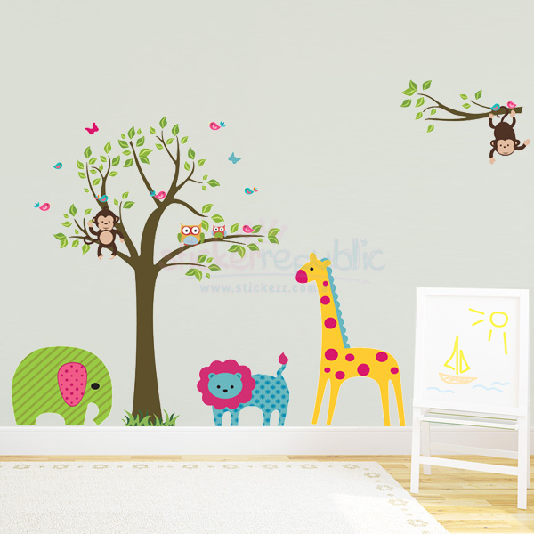 Safari Animals and Tree Wall Decal for Kid's Room Wall Decor